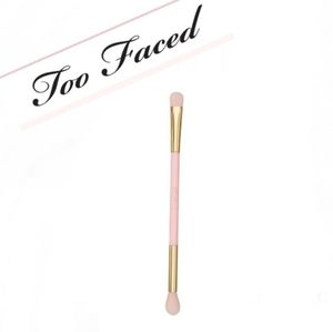 Rare Too Faced Double Ended Eyeshadow Brush 🪥🧸